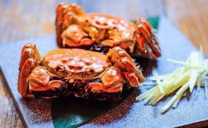 中秋节送大闸蟹需要配带点其他礼品吗