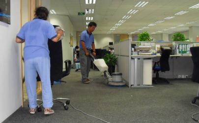 针对地毯特殊污渍如何处理