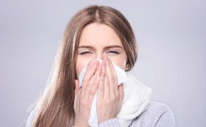 过敏性鼻炎用什么药