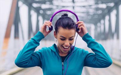 耳机会因为汗水损坏吗