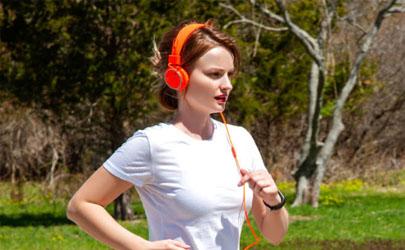 头戴式耳机出汗会有影响吗