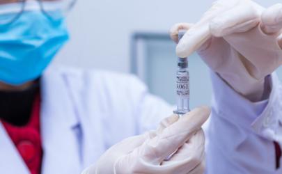 普通人什么时候可以用上新冠疫苗