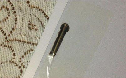 裝修的墻上有釘子眼咋修補