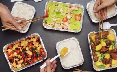 外卖的塑料饭盒可以加热吗