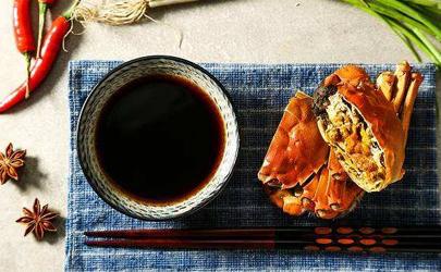 螃蟹不熟蟹黄是水状的吗