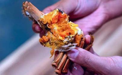 蟹黄用什么洗可以洗掉