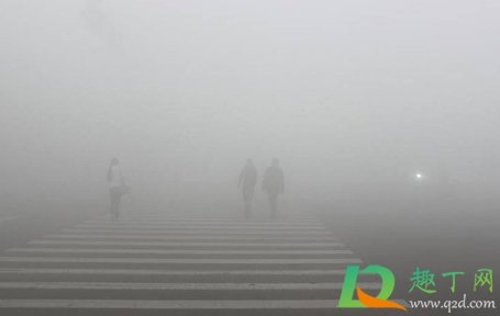 冬季雾霾严重还是夏季1