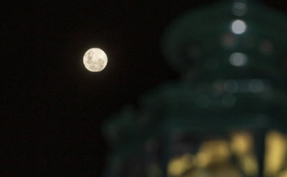 31日晚将出现年度最小满月是真的吗