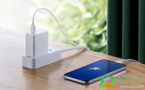 iphone12用旧的充电线有伤害吗4