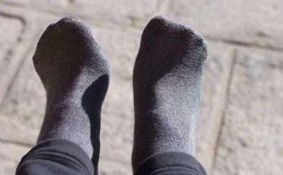如何清洗臭袜子