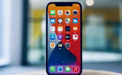 iphone12屏幕不清晰正常吗