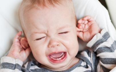 宝宝4个月不理妈妈怎么回事
