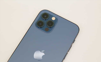 iphone12屏幕颗粒感怎么回事