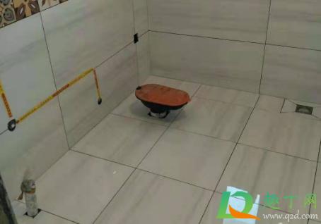 泡水砖不泡水直接刷背胶可以吗3