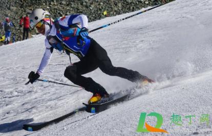 滑雪会伤膝盖吗1