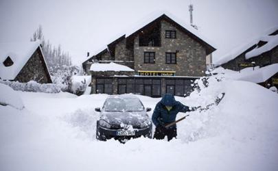 车上积雪不清理有事吗
