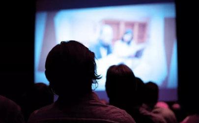 2021春节上映的电影什么时候可以买票