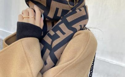 芬迪圍巾一般高仿用的什么面料