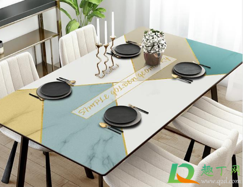 新買的餐桌布能直接放在桌子上使用嗎1