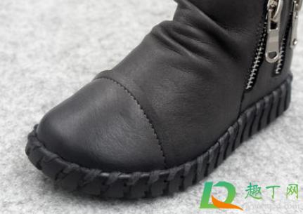 硬鞋面有折痕怎么處理1