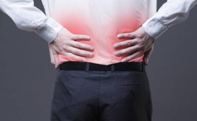 無緣無故尾巴骨疼是什么原因