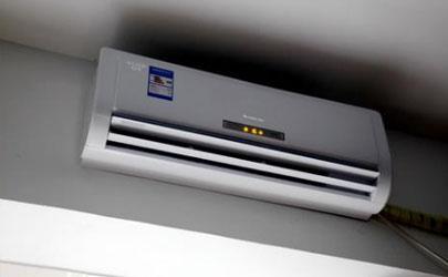 冬天开空调制热需要放一盆水吗