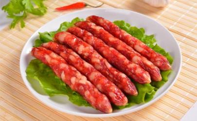 灌香腸肉要打成泥嗎