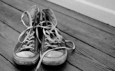 旧鞋子是否属于可回收物