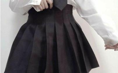 百褶裙怎么洗折子不变形