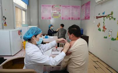 新冠疫苗可以打右胳膊吗