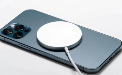 MagSafe充电器必须买手机壳嘛
