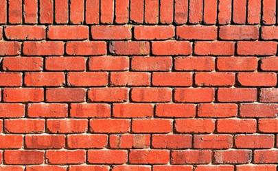 刚砌的红砖发白会有安全隐患吗