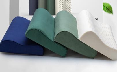 乳胶枕为什么是浅绿色是染上的吗