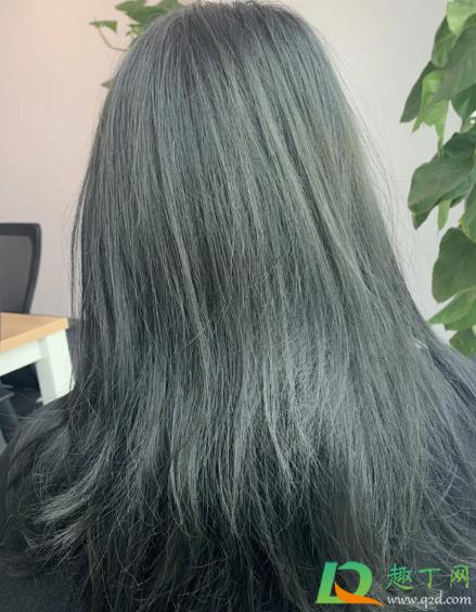 蓝黑色发绿是没有染好吗插图1