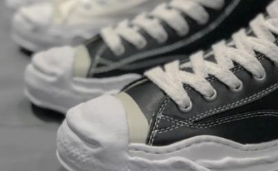 溶解鞋是什么牌子