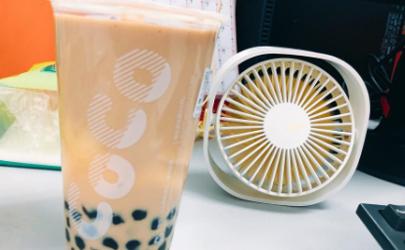 奶茶店不另外加糖是不加糖吗