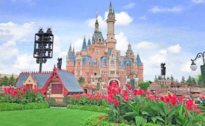 7月份去上海迪士尼热吗