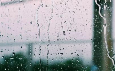 窗户槽积水怎么办