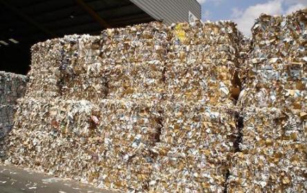 收废品回收一年挣270万真的吗2