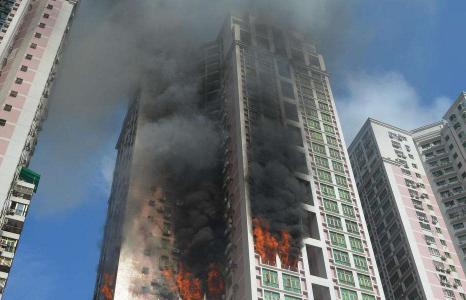 高层火灾15层以上怎么办2
