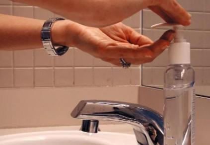 智能感应洗手液机不出泡沫怎么回事插图2
