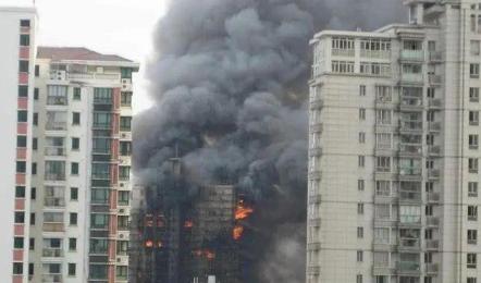 29层楼着火消防车可以救吗2