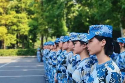 2020届大一是要军训完才放暑假吗3