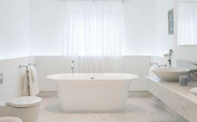 浴缸哪种更好用