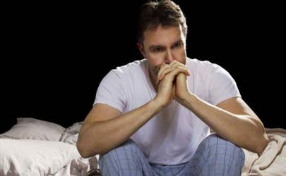 早晨时不时哭醒算不算抑郁症
