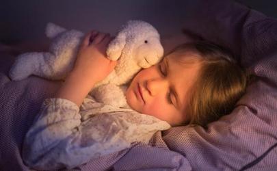 婴儿睡脑袋用什么枕头