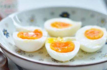 煮熟的鸡蛋放保鲜还是冷冻插图2
