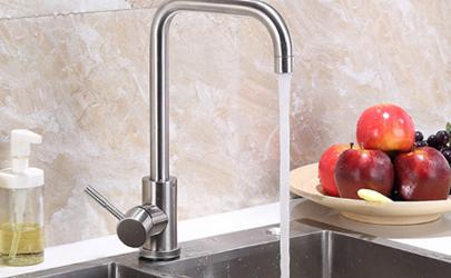 厨房水流太小是三角阀的问题吗