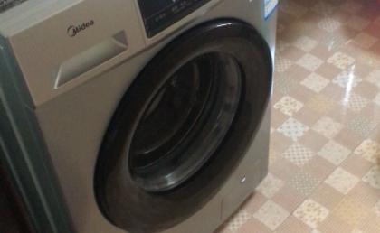 滚筒洗衣机皮圈霉斑怎样去除3