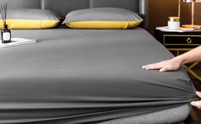 床单上的黑点是被压死的虫子吗